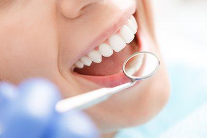 Zahnuntersuchung